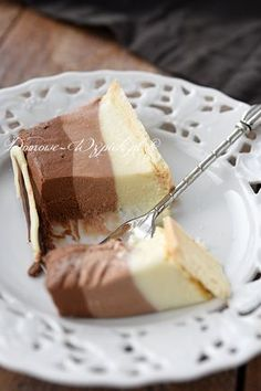 Tricolor chocolate cheesecake (without baking) Lemon Recipes, Sweet Recipes, Baking Recipes, Cake Recipes, Dessert Recipes, Chocolate Cheesecake, Sweet Cakes, Mini Cakes, No Bake Cake