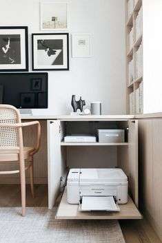 home office design - home office ; home office ideas ; home office design ; home office decor ; home office organization ; home office space ; home office ideas for women ; home office setup Office Nook, Office Inspo, Home Office Space, Study Office, Home Office Decor, Home Office Closet, Home Office Bedroom, At Home Office Ideas, Office Setup