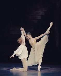 "<<Alina Cojocaru and Steven McRae in ""Romeo and Juliet"" (Royal Ballet) # Photo © Bill Cooper / ROH>>"