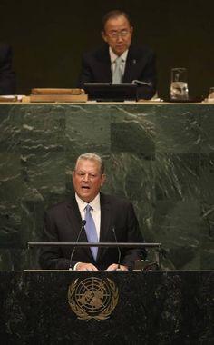 """M., 23 SEP 2014   NACIONES UNIDAS - HOY, LA CUMBRE DEL CLIMA - """"GALERÍA: Cumbre del Clima en la ONU"""" .. La Cumbre del Clima reúne este martes en la sede de la ONU a un centenar de gobernantes y personalidades. .."""