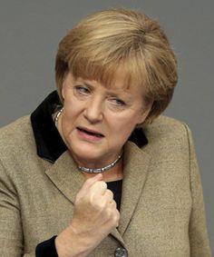 La canciller alemana, Angela Merkel, afirmó hoy que un ligero aumento del Fondo Europeo de Estabilización Financiera (FEEF) puede ser la solución para incrementar la financiación del rescate de Grecia.