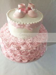 A shabby chic baby-shower (it's a girl!)   Cakes and More by Nora
