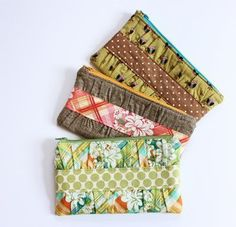 Gathered Clutch | AllFreeSewing.com