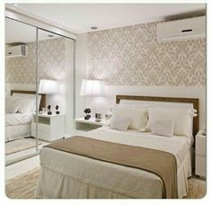 Papel de parede deco couple bedroom, cosy bedroom y closet b Cosy Bedroom, Master Bedroom, Bedroom Decor, Couple Room, Suites, House Rooms, Living Room Interior, Interior Design, Home Decor