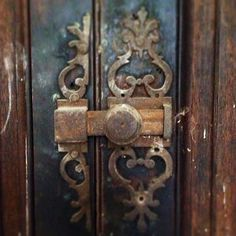 The incredible story and restoration of the 94 room decaying mansion, the Chateau de Gudanes, in the south of France. Chateau De Gudanes, Door Detail, Door Knockers, Far Away, Architecture Details, Door Handles, Restoration, The Incredibles, Doors