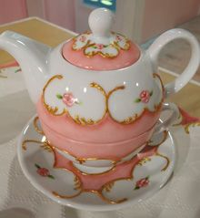 Pintura sobre porcelana – Tea for one