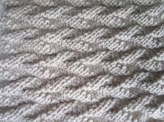 point tricot feuille