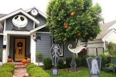 My Nightmare Before Christmas yard decorations. Jack head, count down clock, Scary Teddy