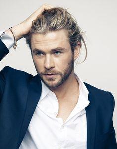 ginandbird: gthegentleman: Hemsworth unf. just kill me,...
