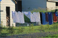 mennonite-laundry-line