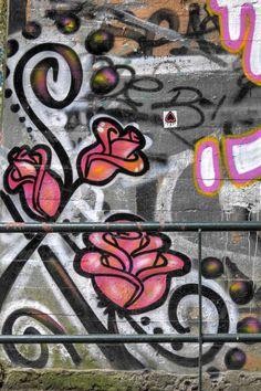 Street art Parc du Château à Morsang-sur-Orge - Roses en couleur 20161114019