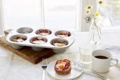 Rundstykkerester med egg og bacon Panna Cotta, Bacon, Pudding, Eggs, Ethnic Recipes, Desserts, Tailgate Desserts, Dulce De Leche, Deserts