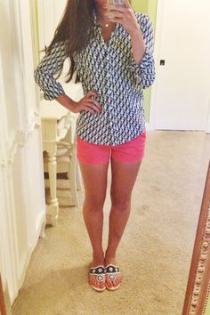 OOTD idea? J.Crew seahorse button down, J.Crew chinos, Navy Jack Rogers.