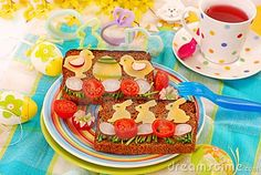 Easter-food ideas-Chick and Bunny Toast