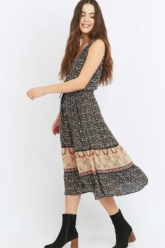 Staring at Stars Mixed Print Black Midi Dress