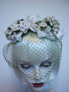 1950s White Floral Hat w Olive Veil Sally by decotodiscovintage, $44.00