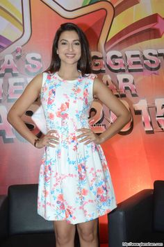 Gauhar Khan In Short Frock at Bollywood Beauties In Hot Short Frocks picture gallery picture # 18 : glamsham.com