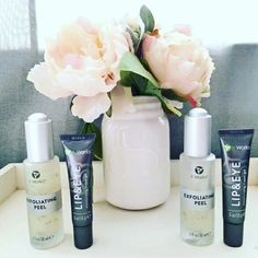 Did you know ItWorks has an entire skin care line of natural botantical products??  I love our exfoliating peel and have seen amazing results from my team mates and customers.  The Exfoliating peel boosts your skin's natural renewal with a bounty of botanical and fruit  extracts that strip away the dead skin cells, excess oil, and daily debris that clog your pores and age your face.    Want to give these a try? Message me!!   Campbells.itworks.com