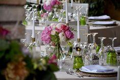 Centro de mesa romántico. Boda elegante. Centro de peonías y hortensias. Romantic centerpiece. Elegant wedding. Peonies and hydrangeas centerpiece.