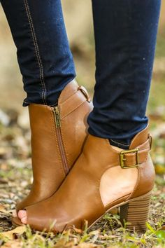 Tan Booties with open toe and side cut out detail! Perfect for transitioning outfits! Fall must have! Love!