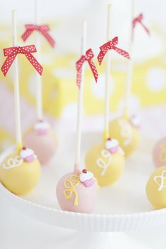 Cutest Cupcake Topped Cake Pops
