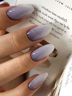 Wedding nails inspirations for the perfect wedding look. Here you will find the best nail ideas for your wedding day from simple nail designs to sophisticated nails art ideas. Each bride will find something special and unique. Colorful Nail Designs, Fall Nail Designs, Acrylic Nail Designs, Acrylic Nails, French Nails, Winter Nails, Spring Nails, Nagellack Trends, Oval Nails