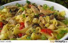 Kuřecí kousky v nudlích Bulgur Salad, Gnocchi, Pasta Salad, Potato Salad, Macaroni And Cheese, Menu, Potatoes, Treats, Chicken