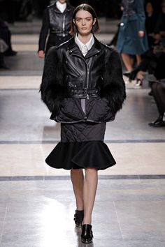 I'm reading the better side of the 90s. Look 33 Sam Rolinson Sacai #FW13 #RTW #PFW
