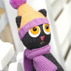 Free knitting pattern - Steffi the Cat