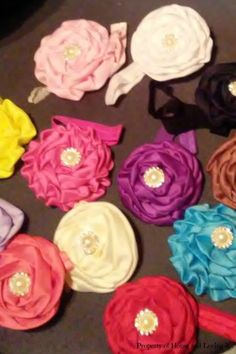 Flower Headband - http://www.homeandlovingit.com/2016/11/25/flower-headband/