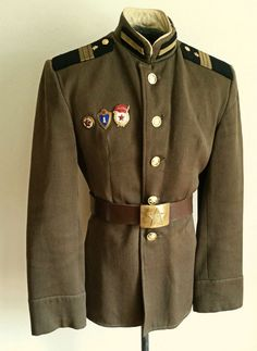 Soviet Army, Soviet Union, Army Uniform, Military Uniforms, Uniform Insignia, Belted Dress, Well Dressed, Canada Goose Jackets, Military Jacket