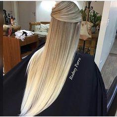 WEBSTA @ fashionistaoverdose - Pára tudooooo!!! 😱😍✨ Uma das #OmbreHair mais perfeitas que já vi! Sim ou não, meninas?..#hair #cabelo #cabelos #cabelotop #cabelosdivos #cabeloliso #cabelonovo #cabelolongo #ombrehair #ombre #ombrehairstyle #cabeloloiro #loiro #loira #loiras #louro #loiroplatinado #loiros #loirão #instahair