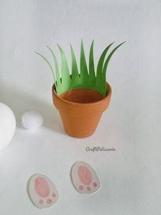 Easy DIY Pom Pom Bunny Pots Easter craft idea for kids. The Best Easy DIY Easter Decoration Ideas. Easy Easter Crafts, Bunny Crafts, Easter Gift, Easter Bunny, Easter Eggs, Diy For Kids, Crafts For Kids, Diy Osterschmuck, Easy Diy