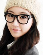 sky clear glasses  CODE: QN5471  Price: SG $35.05 (approx US $28.27)