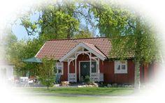 Kallum Søndre - kafe og kunst i sommerhalvåret (Rygge/Moss) Cabin, House Styles, Home Decor, Kunst, Decoration Home, Cabins, Cottage, Interior Design, Home Interior Design