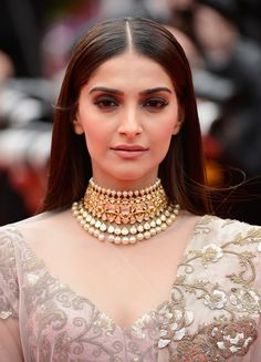sonam kapoor fashion - necklace