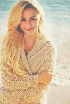 Day 1: favorite dancer= Chloe Lukasiak♥