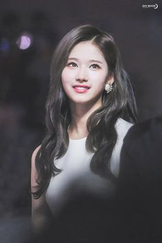 Sana-Twice 171202 Melon Music Awards Nayeon, South Korean Girls, Korean Girl Groups, Sana Kpop, Sana Cute, Twice Jyp, Sana Momo, Jenifer Lawrence, Sana Minatozaki