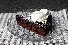 two of my fav things, red wine and chocolate in one cake by smitten, via Flickr