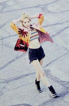 #Snsd #taeyeon #Girlsgeneration  #Kpop  #Fashion #Girls