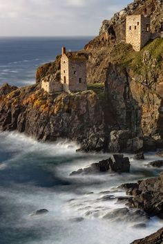 Botallack Mine house sits on the Cornwall coast