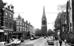 Muswell Hill The Broadway Photo: Francis Frith Vintage London, Old London, Old Images, Old Photos, London History, North London, London Photos, Best Cities, What Is Like