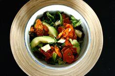 http://www.transglobalpanparty.com/2014/08/salat-mit-susskartoffelchips-avocado.html