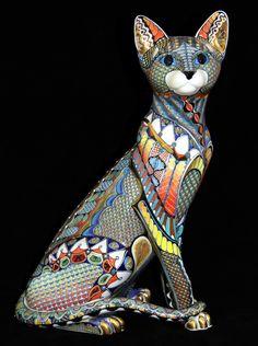 http://ceramic-artist.co.uk/gallery/51233_oriental-cat-4/full/1