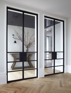 Love the black door ... Elegant
