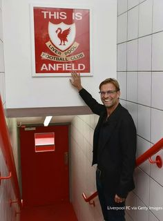Jürgen Klopp touches the 'This is Anfield' sign for the first time as Liverpool manager Anfield Liverpool, Liverpool Fans, Liverpool Home, Liverpool Football Club, Liverpool Players, Liverpool History, Liverpool Klopp, Liverpool Tattoo, Liverpool England