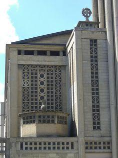 Eglise Notre-Dame (1923) – Le Raincy (93)    Architecte Auguste Perret, Vitraux de Maurice Denis