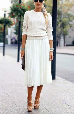 kontrast - cieniutka spódnica i sweter