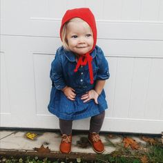 What a super cute girl with @adelisaandco booties & Hello Charlie bonnet