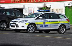 An Garda Siochana Irish Police Force 2012 Ford Focus Estate Incident Responce Vehicle 2012 Ford Focus, Rescue Vehicles, Emergency Vehicles, Dublin Ireland, Police Cars, Ambulance, Law Enforcement, Countries, Britain